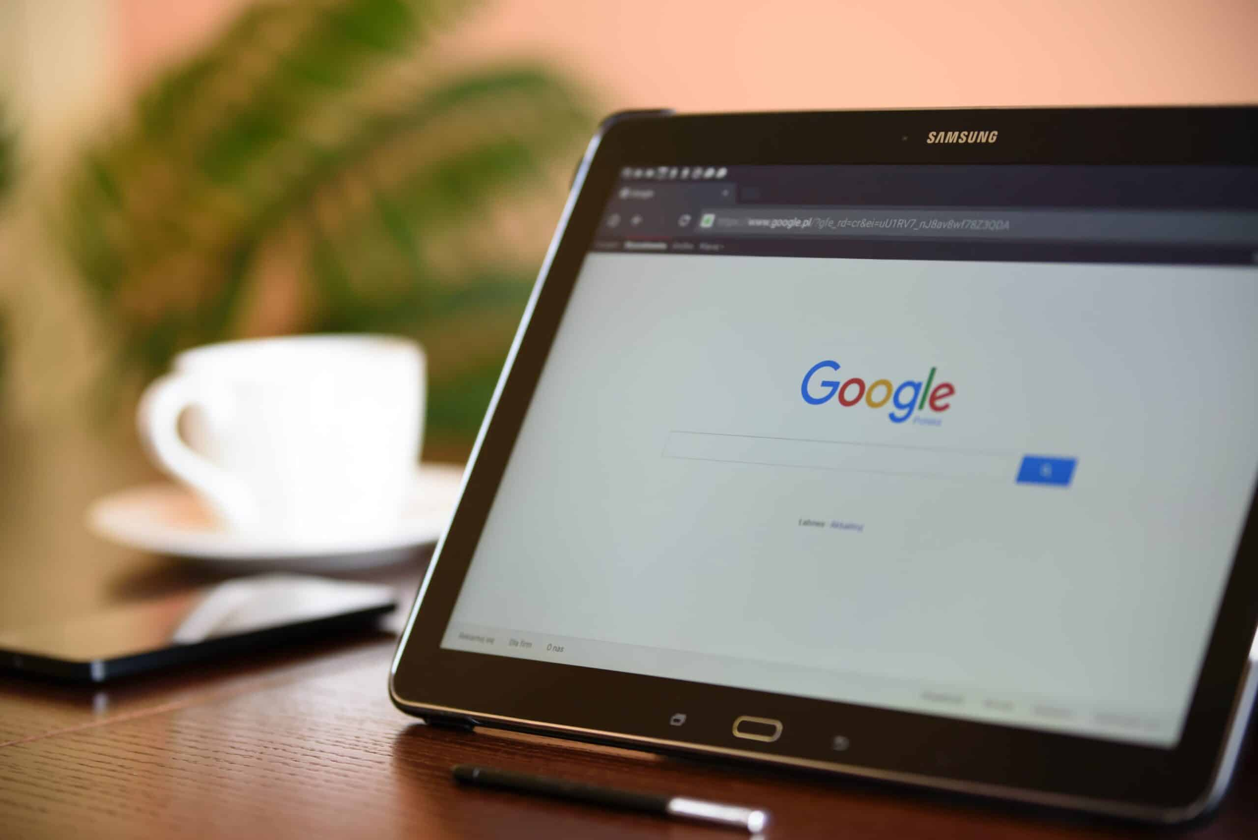 strona glowna google na tablecie